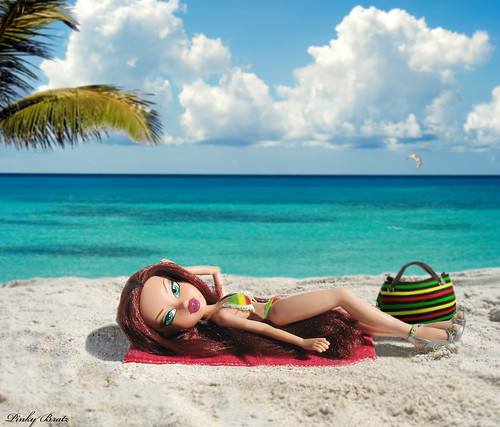 BratzLuv!®'s Bratz P4F Top Modelz™ 2011- Week7 (Part1)- Welcome to Jamaica - Lexie Valentine
