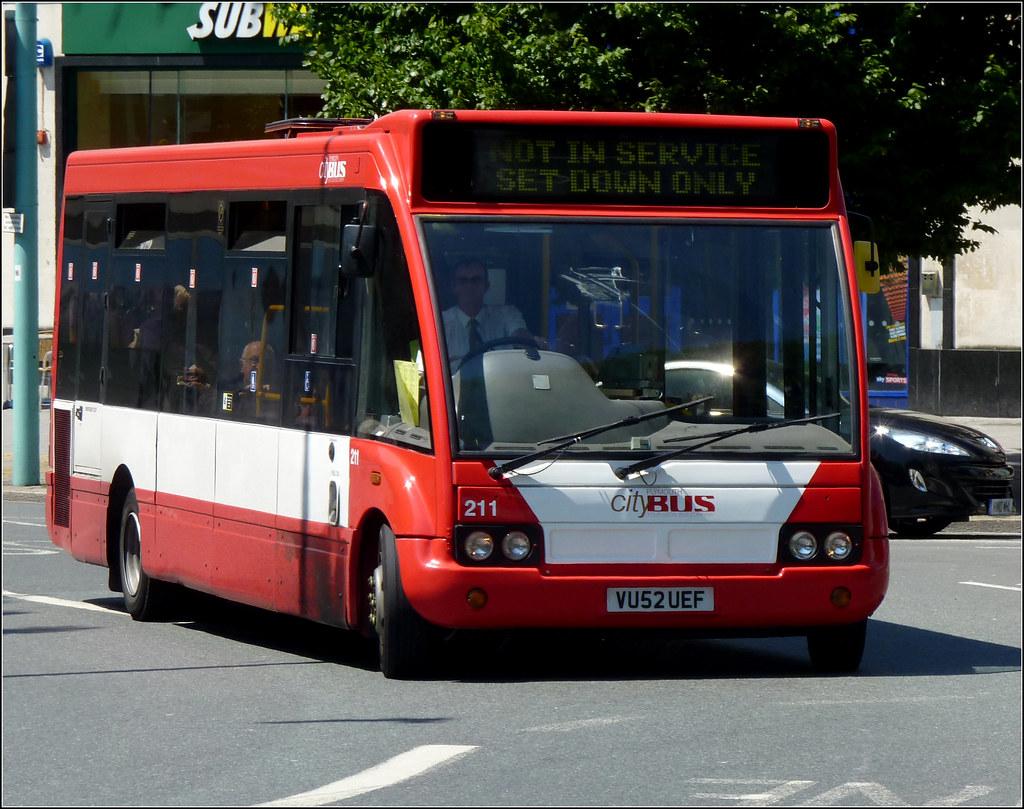 Plymouth Citybus 211 VU52UEF