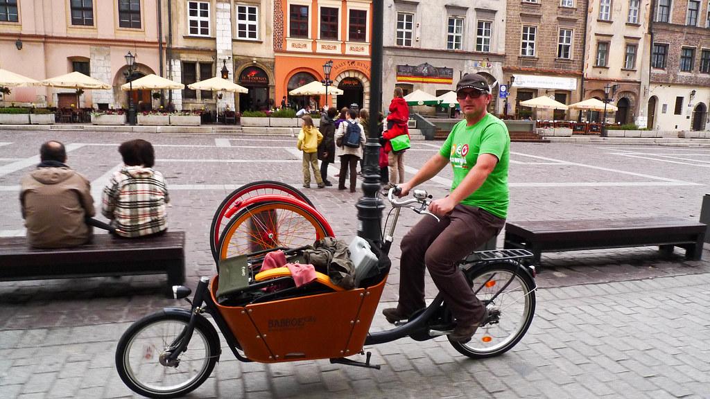 LJ Krakow