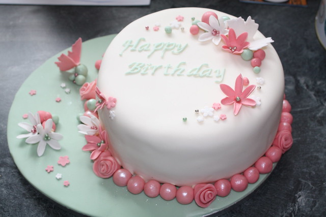 Girly birthday cake Flickr - Photo Sharing!