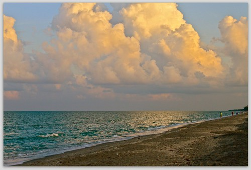 beach clouds sunrise canon eos rebel florida elite explored canoneos500d canoneost1i t1i canont1i blinkagain flutterbye216
