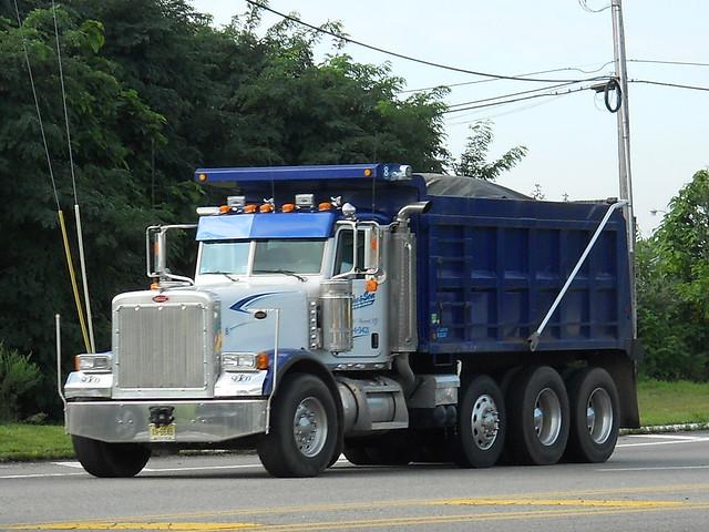 Tri Axle Show Trucks : Peterbilt tri axle dump truck flickr photo sharing