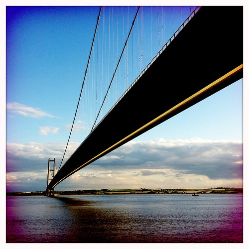 The Humber Bridge: a sign of being home
