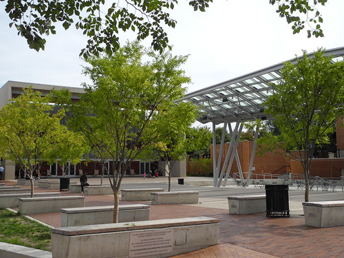 Veterans' Plaza