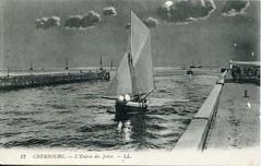 12. Cherbourg. L'Entrée de Jetées (undated)