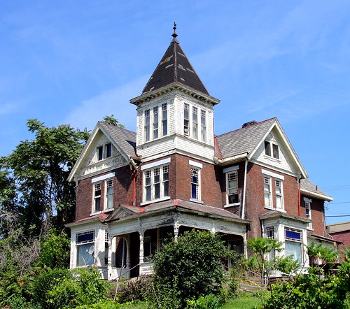 ohio house tower weathered mansion derelict columbiana eastliverpool upperohiovalley