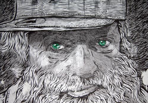 Viaje azores - d01 - 030 - Porta Delgada - graffiti ojos verdes