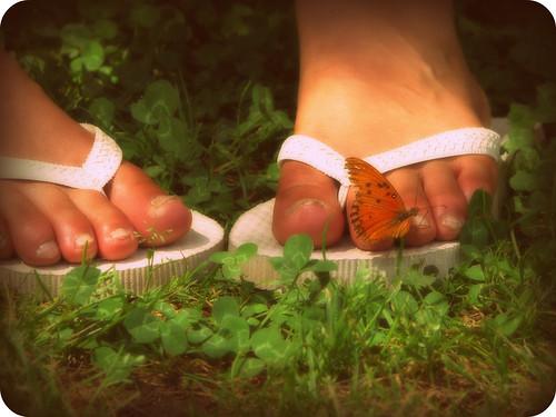 qué importa que el camino sea largo, si mi corazón va leguas y leguas adelante.*