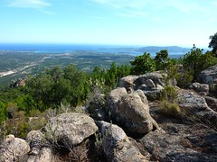 La 1ère crête rocheuse avec vue sur San Ciprianu et PortiVechju
