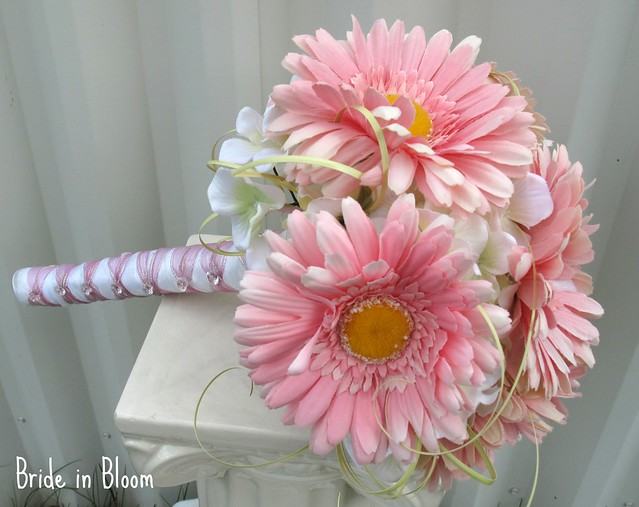 Wedding Bouquet Of Gerbera Daisies : Photo
