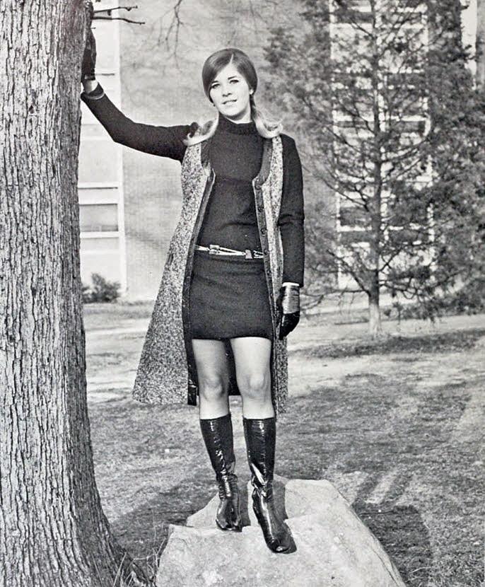 Retrospace: Mini Skirt Monday #95: Minis And Boots
