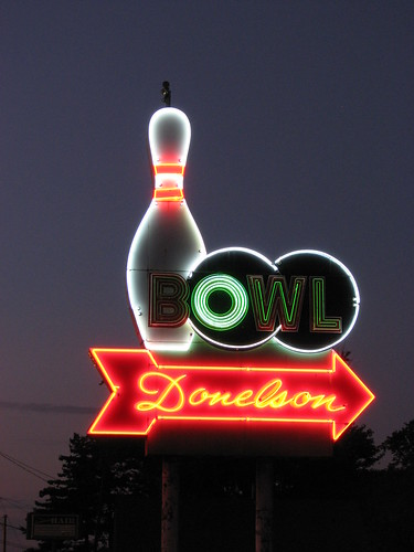 county alley neon tn nashville tennessee bowl bowling davidson donelson