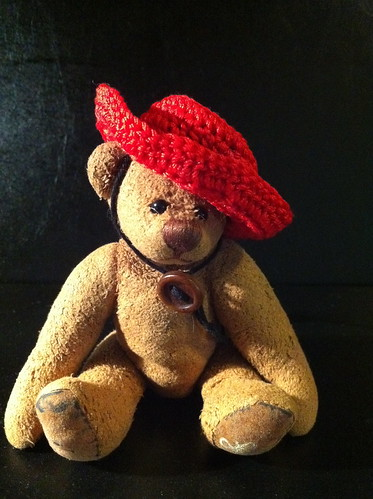 Borromini Bear  and Ea's Red Hat 01(stylish)