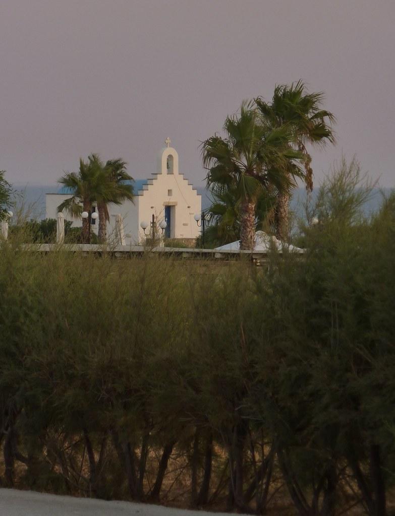the littel chapel - Poseidon Hotel, Paros