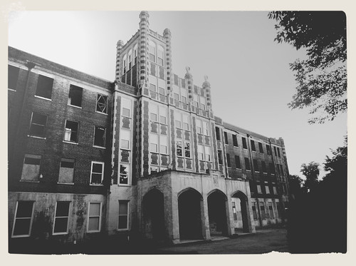 Haunted Hospital - Waverly Hills Sanatorium