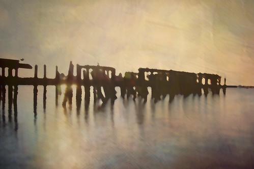sun color water ma pier dock provincetown capecod cape giantonio kgiantonio kengiantonio ellenvd