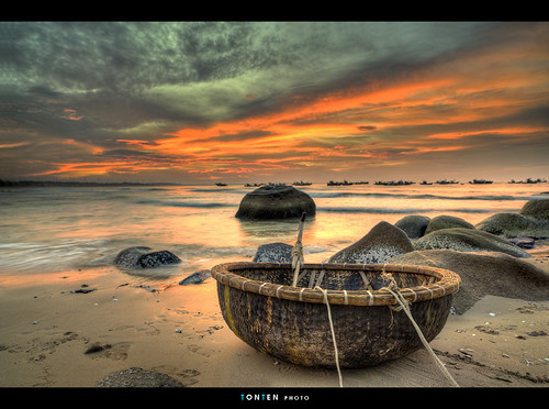 sunset vietnam hdr naturepoetry phanri absolutegoldenmasterpiece mygearandme ganhson zeisst21mm