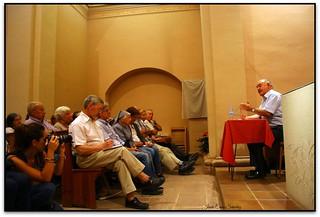 Mn. Pladevall en una conferència a Puiggraciós (2011)
