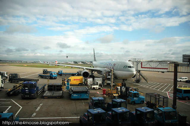 Qatar Airways @ London Heathrow Airport