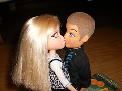 The World's Best Photos of bratz and comic - Flickr Hive Mind
