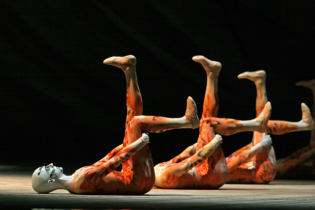 Members of The Royal Ballet in The Rite of Spring © Dee Conway/ROH 2011