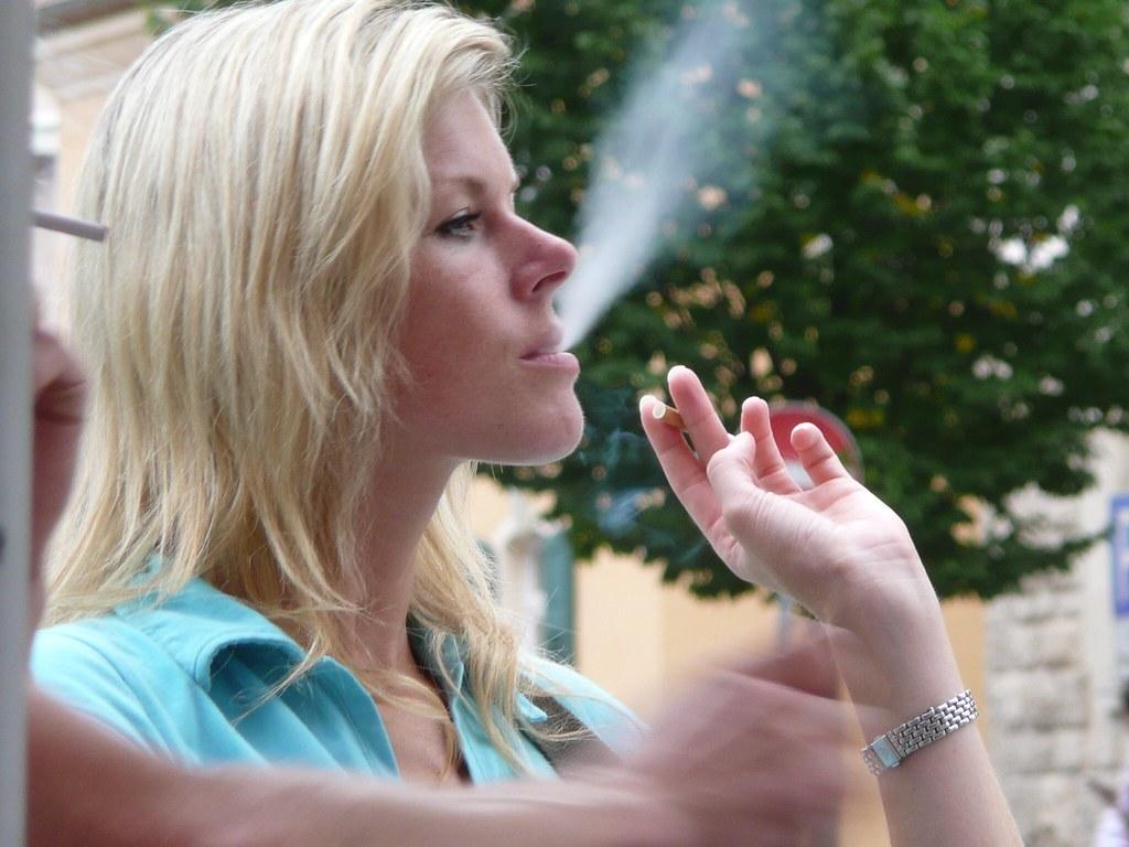 Teen smokers fetish