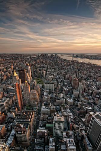newyork dusk manhattan midtown empirestatebuilding empirestate sigma1020mm nikond300 colourefex northshieldscameraclub