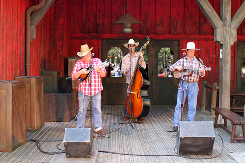 Hoedown Showdown at Cowboy Cookout BBQ