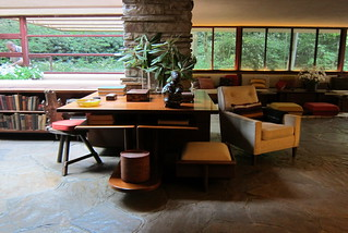 PA - Mill Run: Fallingwater - Living Room - Library Area
