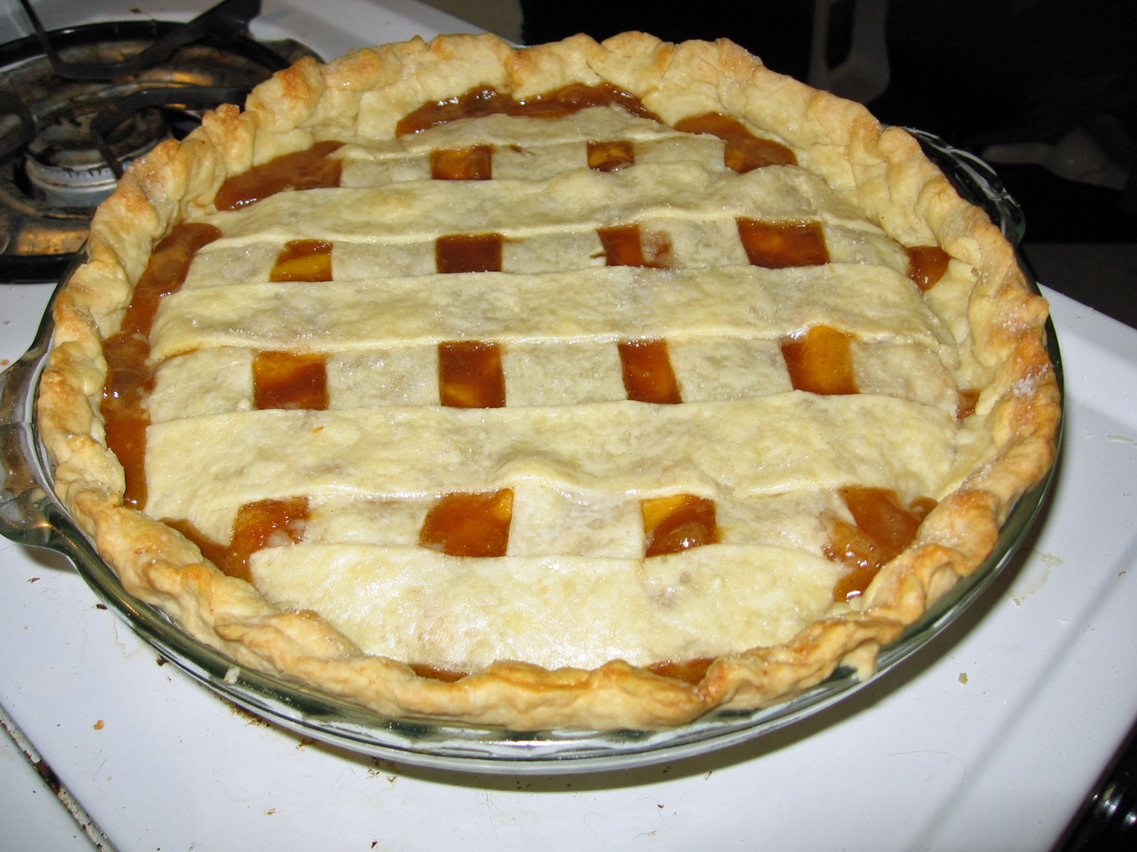 Peach pie | Based on Emeril Lagasse's Lattice top peach cobb ...