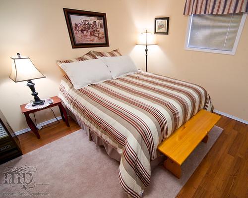 Acadia Valley B&B: Comfy bed
