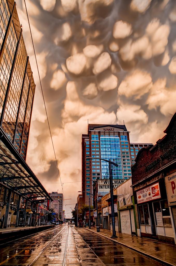 Вымяобразные облака