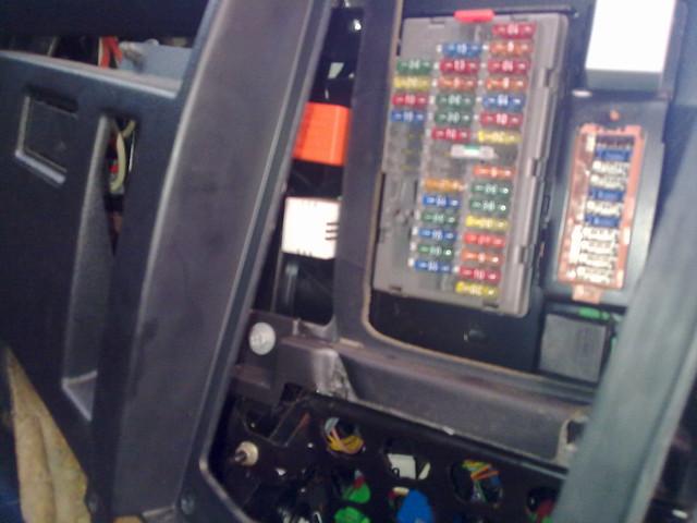 Fuse Box On Citroen Relay Van : Xantia intermittent wiper relay rear flickr photo sharing