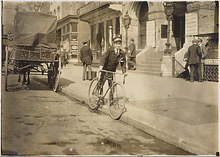 Photograph of Wilbur H. Woodward, Western Union Messenger 236, 04/11/1912