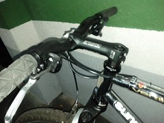 mountain bike, road bicycle, wheel, vehicle, sports equipment, groupset, bicycle frame, bicycle,