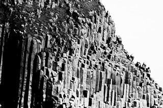 Basaltic columns (B&W)