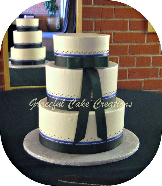 forest green wedding cake forest green and cornflower blue wedding cake flickr 14405