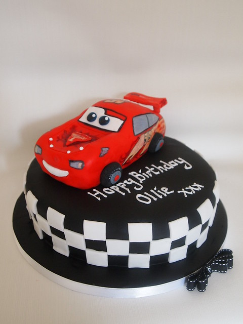 Mcqueen Cars Cake Design : Lightning McQueen cake Flickr - Photo Sharing!