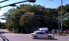 Bridgman traffic light