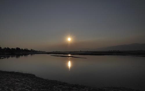 sunset reflection nikon dusk zimbabwe manapools d90 zambeziriver zwe nikond90 manamouth mashonalandwestprovince