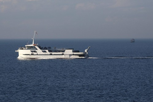 'Peninsula Princess' off Chinaman's Hat on Port Phillip