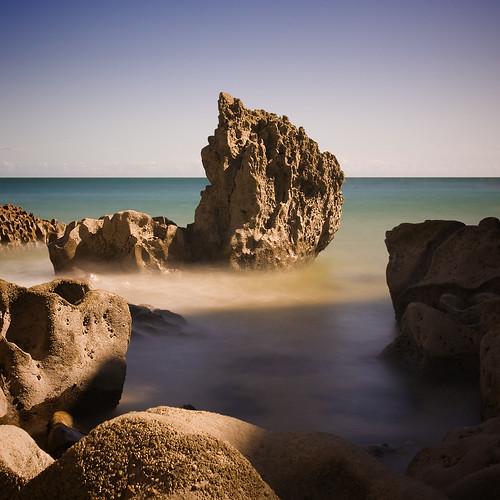 sea rock wales pembroke coast nd pembrokeshire 海 tenby море пляж neutraldensity nd110 alwyncooper