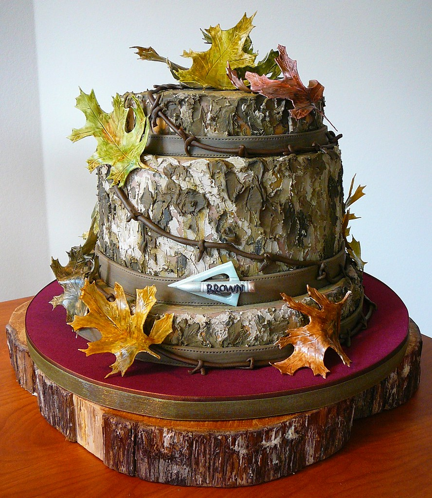 mossy oak wedding cake toppers mossy oak camouflage groom s cake a photo on flickriver 17539