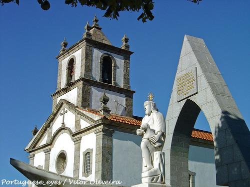 Igreja Matriz de Vila Cova à Coelheira - Portugal