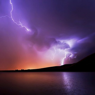 Amazing thunder lightning !