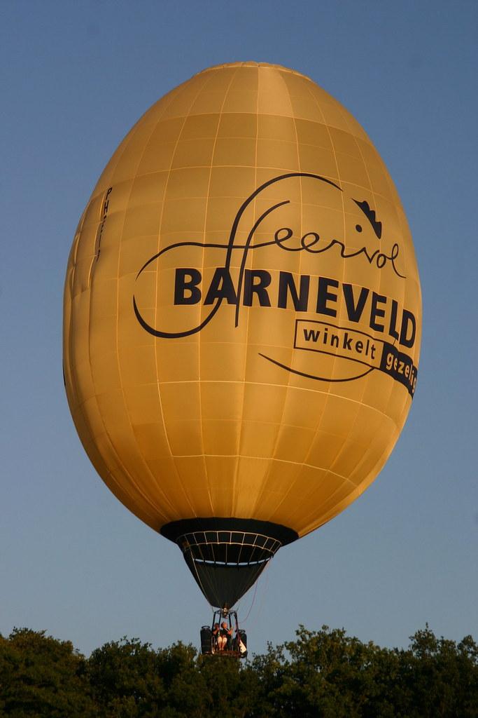 8339264e18836 ... Ultramagic F30 PH-EIB Barneveld Egg Special Shape Balloon
