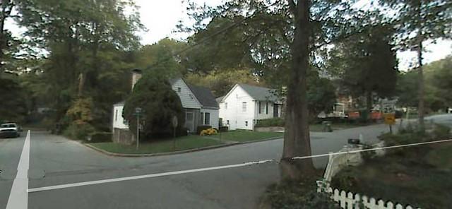 2011-11-04-132-Springdale-Dr-NE-Teardown-Garden-Hills-2