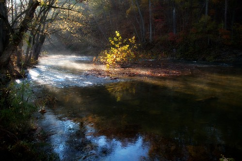 autumn fall water yellow rural creek river landscape virginia stream civilwar shenandoah vapor battlefields