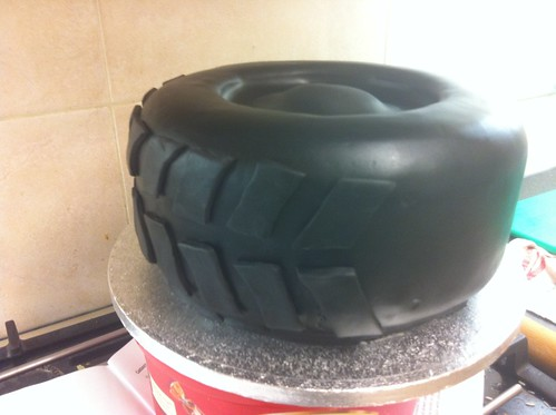 Bateman S Bakes How To Make A Tyre Cake