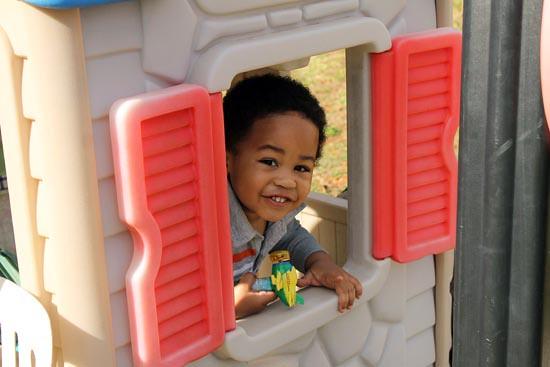 2011 Nov 26_CJsBday2christmastree_2757 1.psd